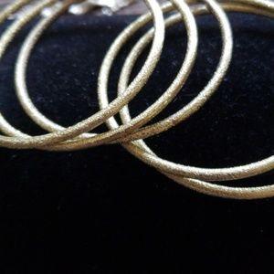Jewelry - Gold like bangles